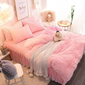 Luxury 4 Piece Faux Fur Bedding Set