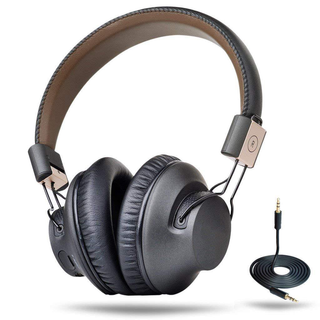 Over-the-Ear Foldable Headphones With Mic