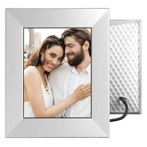 Crystal-Clear Digital Photo Frame