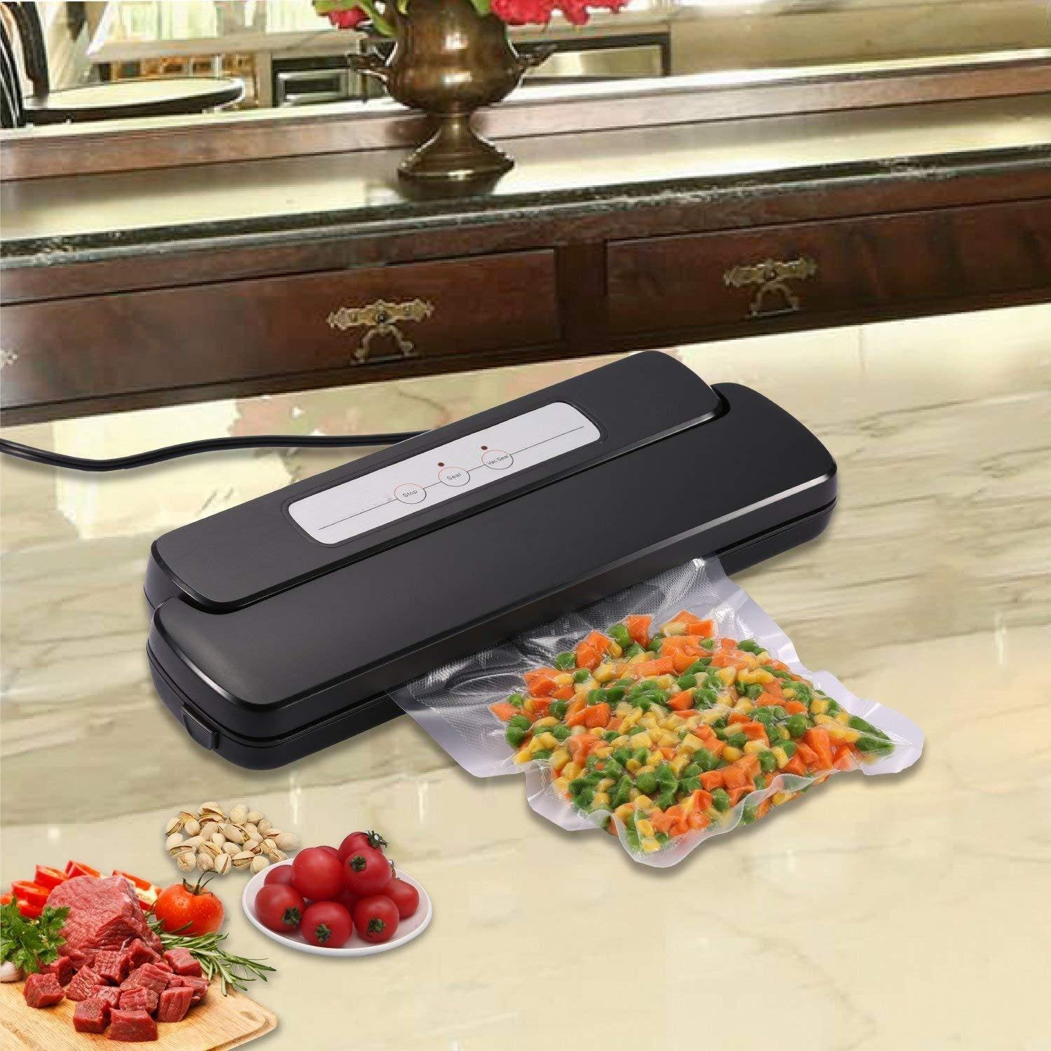 Automatic Vacuum Sealerwith Starter Bags & Roll
