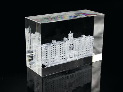 Crystal cube with 3d Model