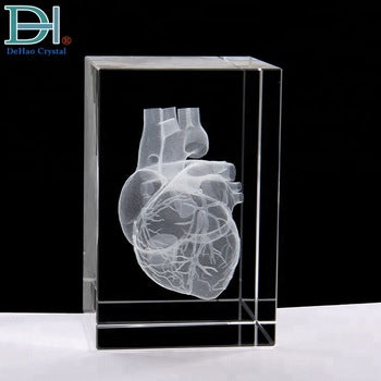 3d Model Heart in Crystal cube