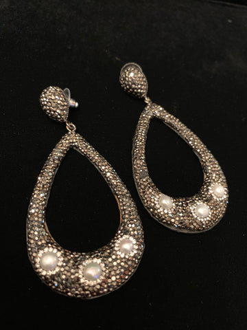 Black Crystal with Pearl Drop Earrings