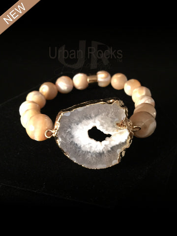 Mother of Pearl Sliced Quartz Beaded Bracelet