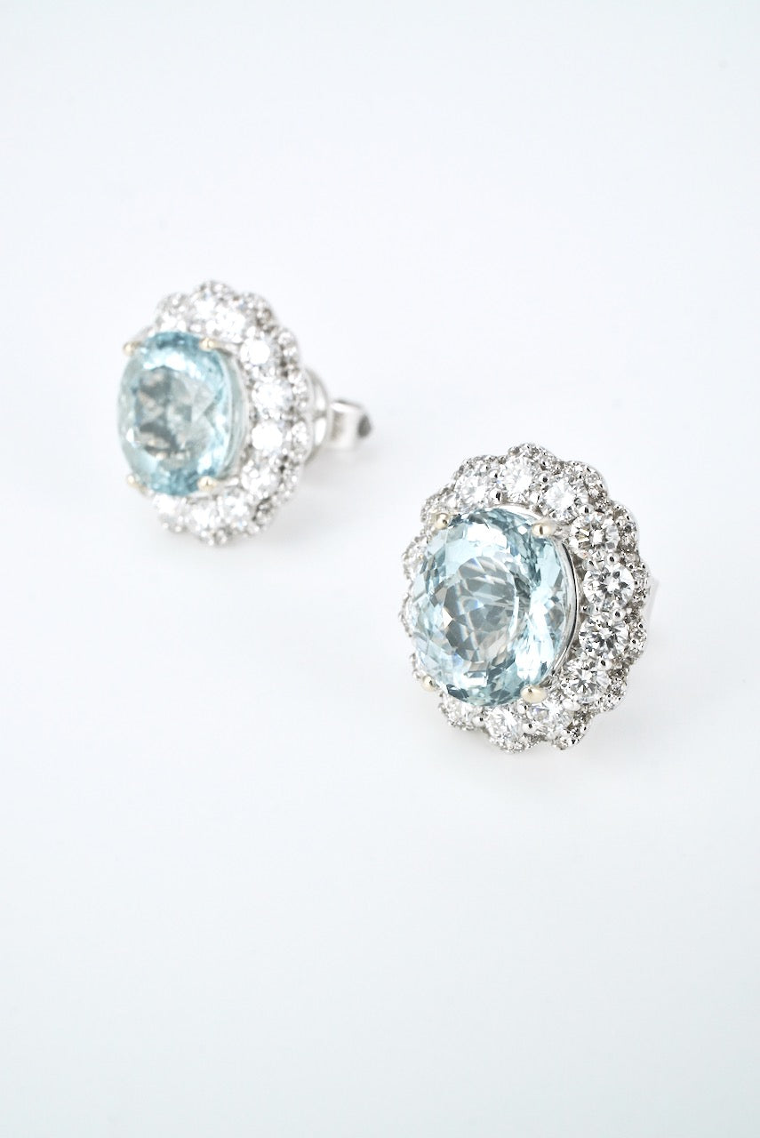 Vintage 18k White Gold Aquamarine Diamond Cluster Earrings