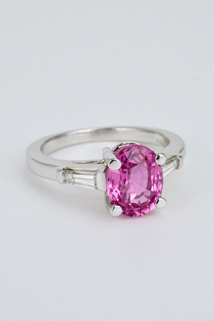 Vintage 18k White Gold Pink Sapphire Ring