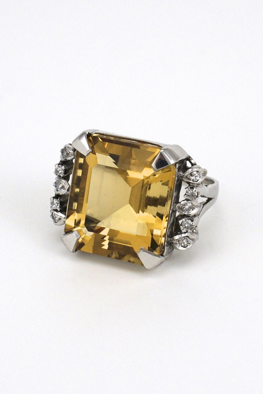 14k white gold citrine and diamond square cocktail ring 1960s USA