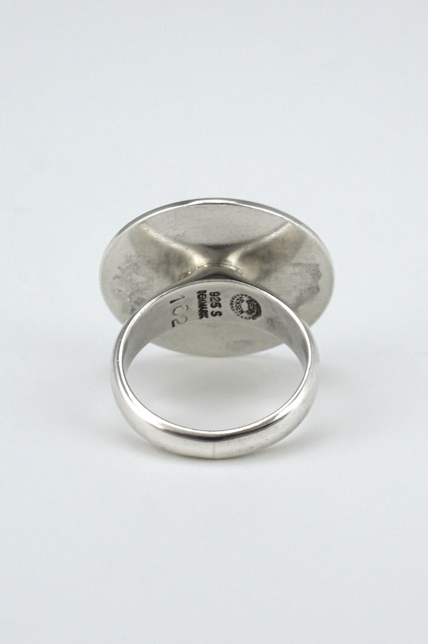 Georg Jensen silver modernist disc ring with enamel dot - design 162