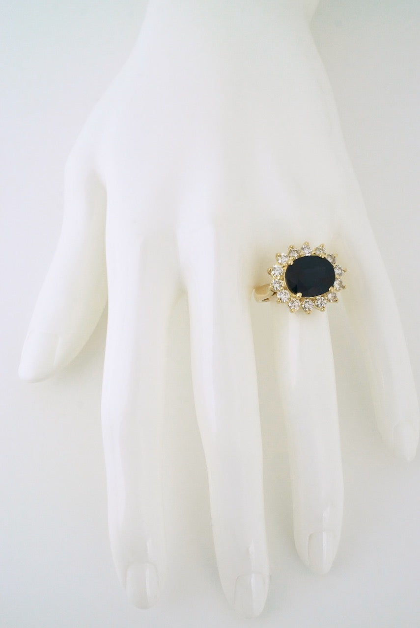 Vintage 18k Yellow Gold Diamond Sapphire Cluster Ring