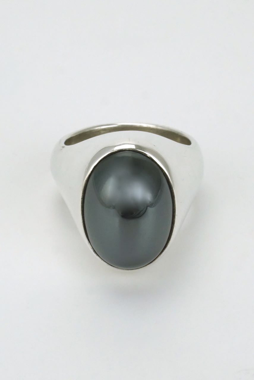 Solid silver high oval hematite ring 1970s