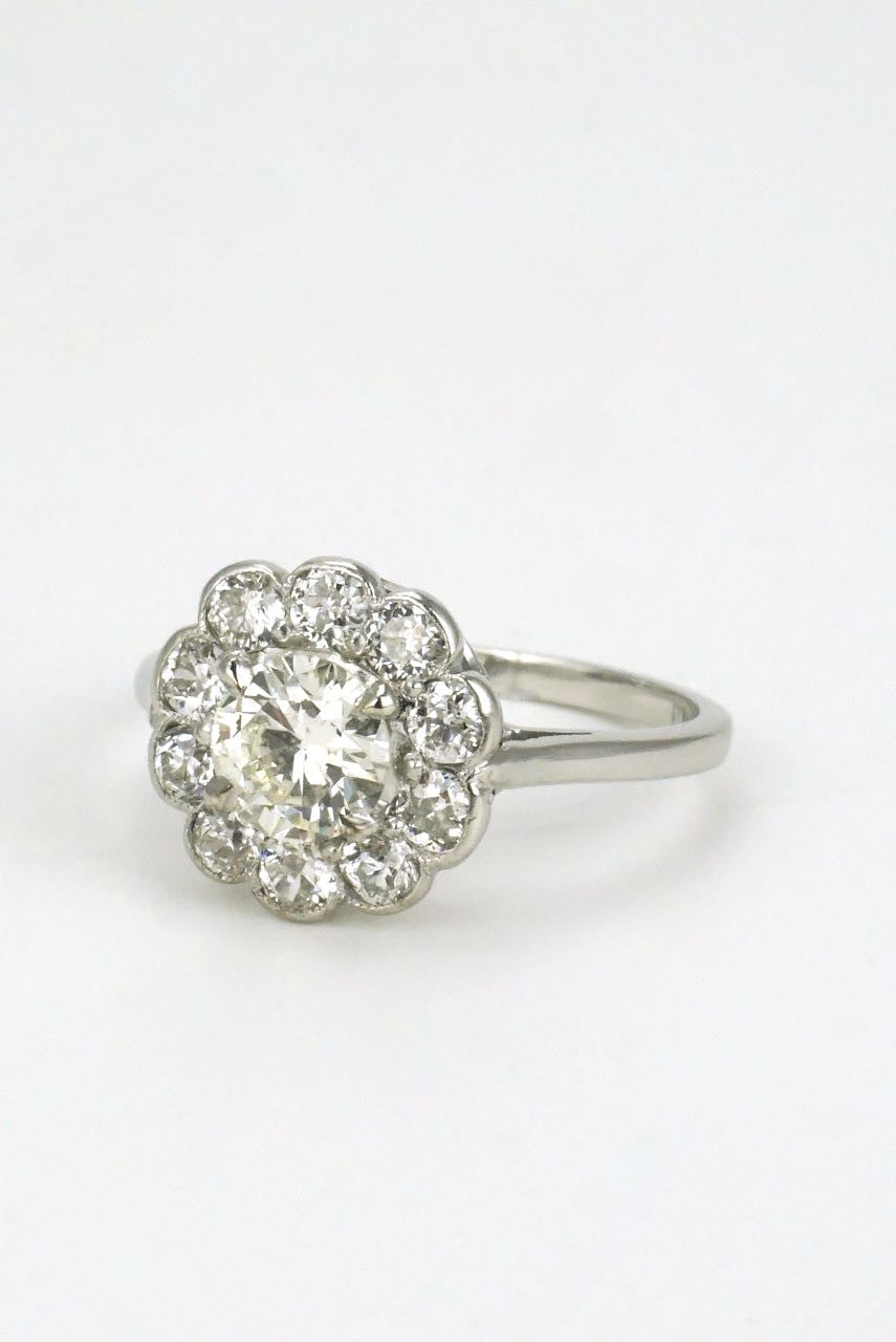 ring gold diamond brilliant engagement round daisy vintage white cut rings cluster