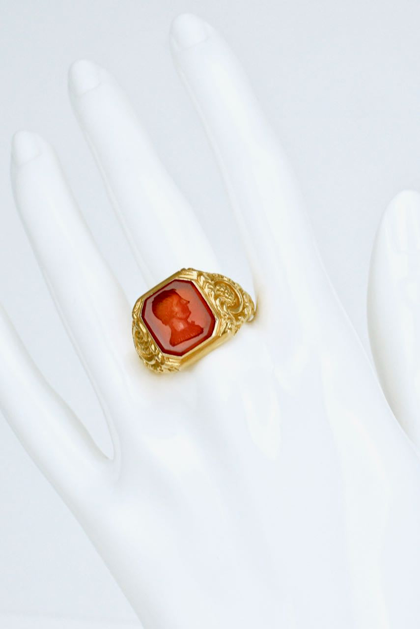 Antique Victorian 15k Gold and Carnelian Intaglio Ring