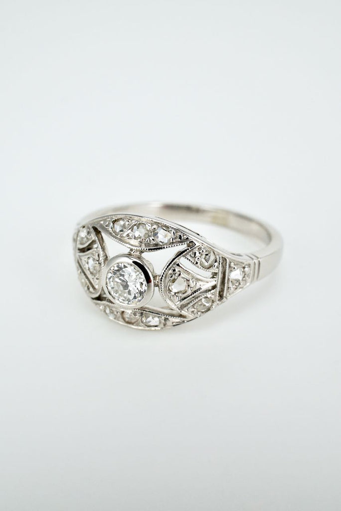 Antique Diamond and 18k White Gold Domed Plaque Ring 1920s