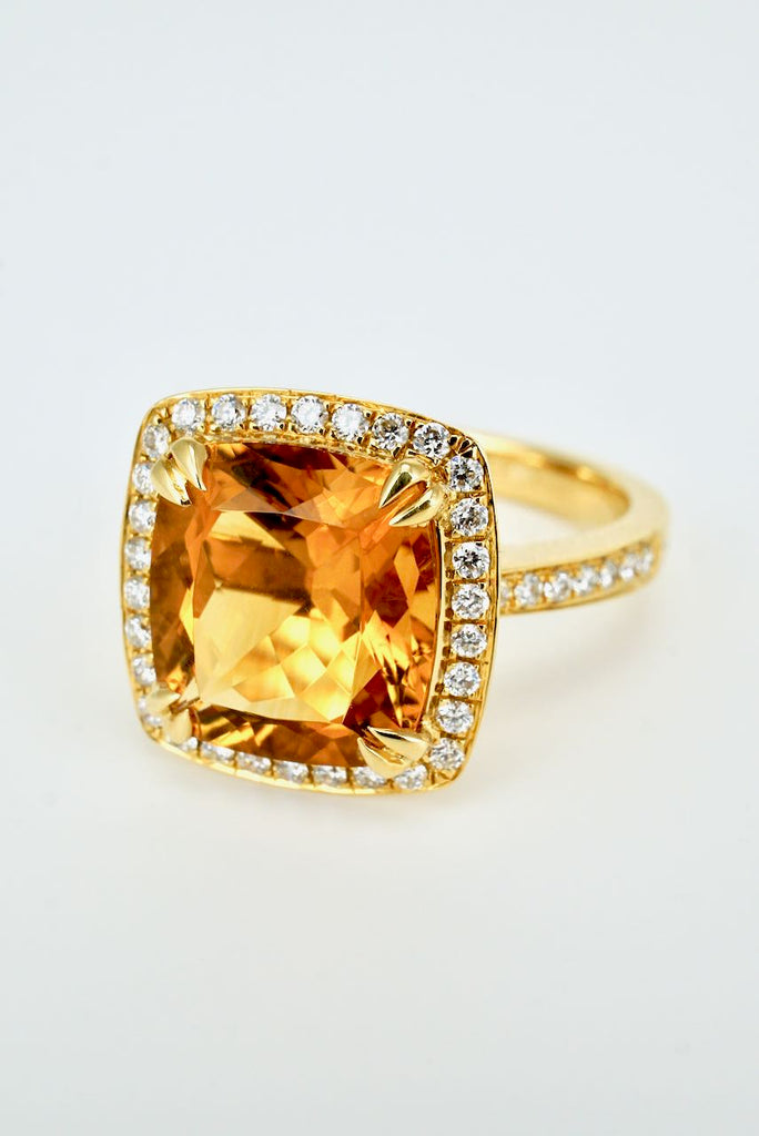 Vintage 18K Yellow Gold Square Citrine Diamond Ring