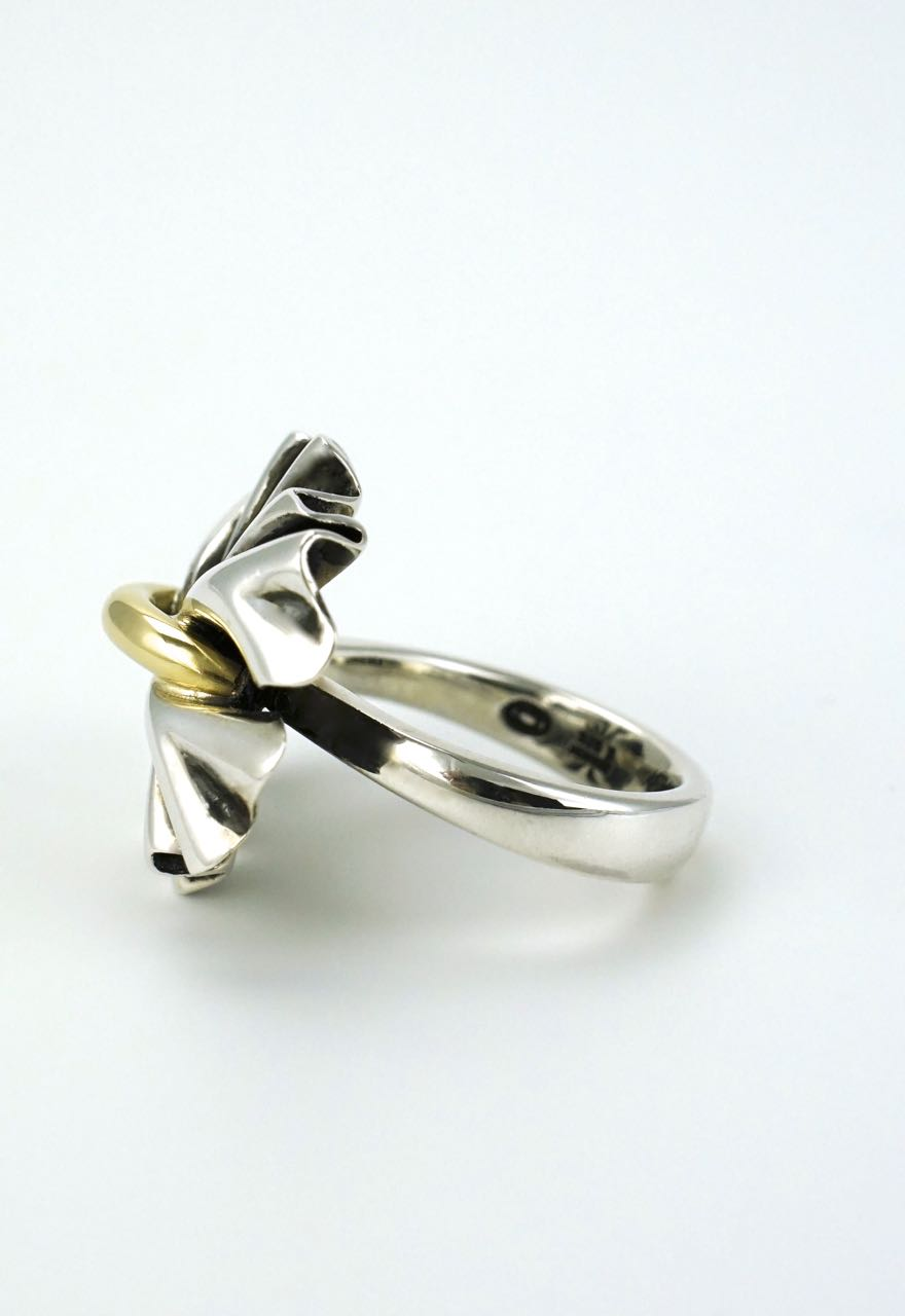 Georg Jensen silver and gold modernist bow ring - design 400 Lene Munthe