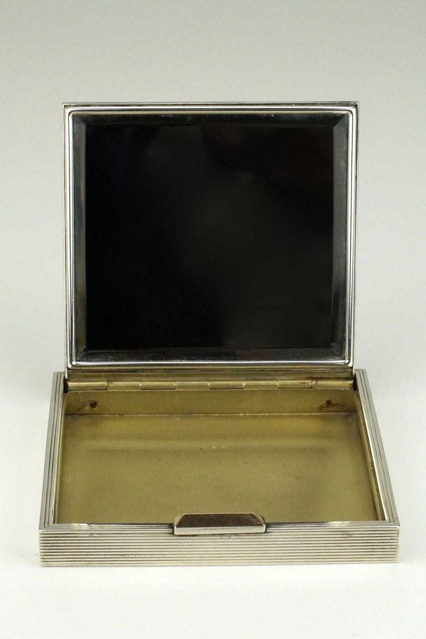 Sterling silver square compact box - David Sutton and Sons London 1948