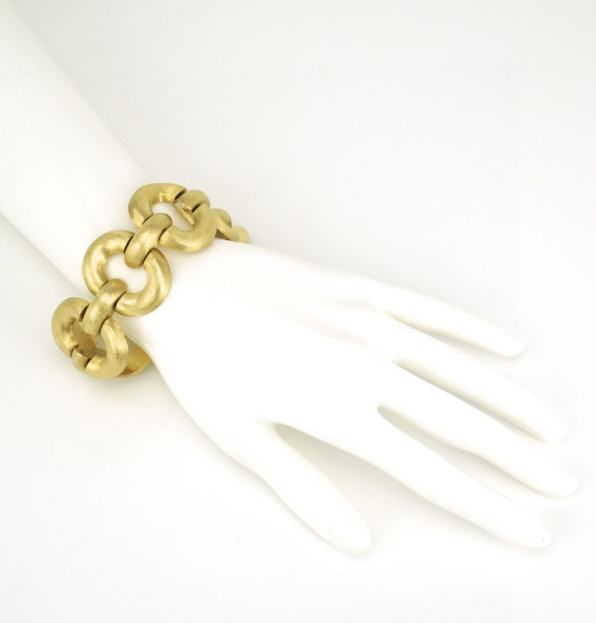 Italian 18k yellow gold bracelet 1960s