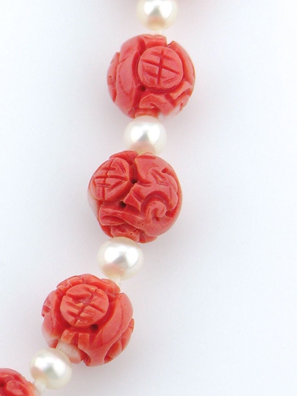 Carved Momo coral bead and pearl necklace