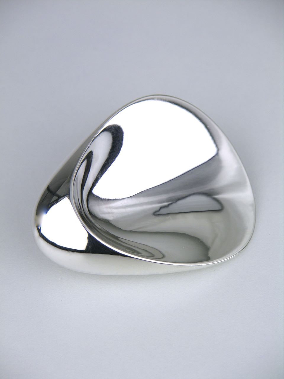 Georg Jensen silver concave thumbprint brooch - design 328