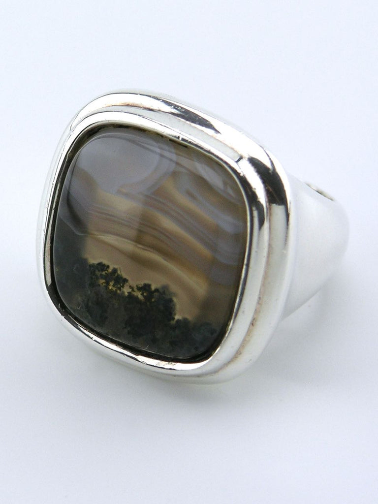 Grosse solid silver and agate square signet style ring