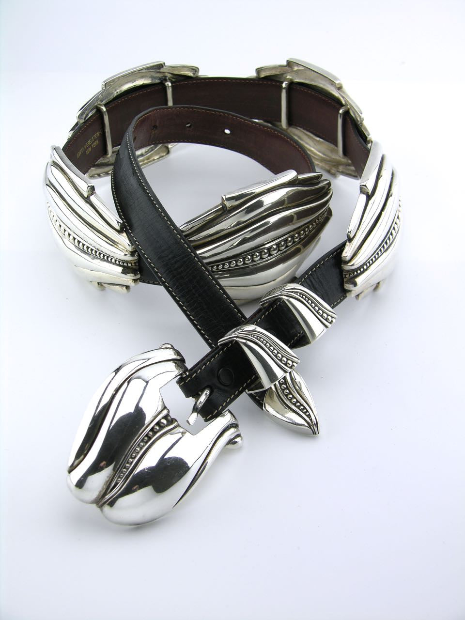 "Barry Kieselstein-Cord silver and leather ""Pecos Conchas"" belt"