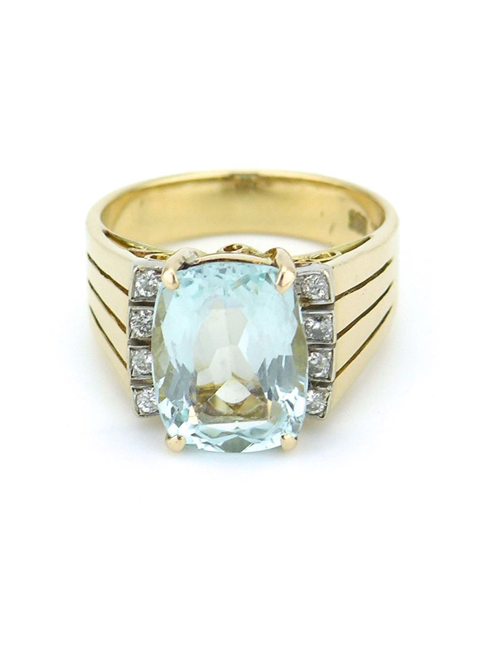 American aquamarine diamond and 14k yellow gold ring