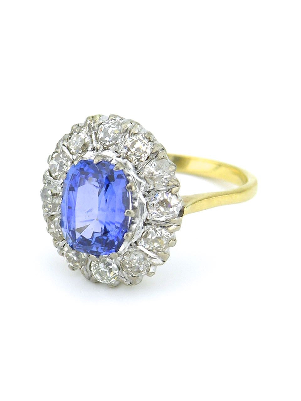 18k white and yellow gold diamond and sapphire ring