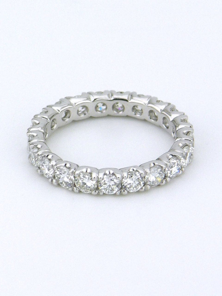 18k white gold diamond eternity band ring