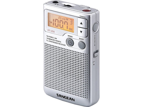 DT-250 FM Stereo / AM Pocket Radio Silver