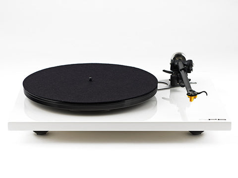 RP6 Turntable + Exact Cartridge - WHITE