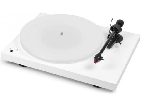 Debut Carbon RecordMaster HiRes Glossy White with Ortofon 2M Red Cartridge