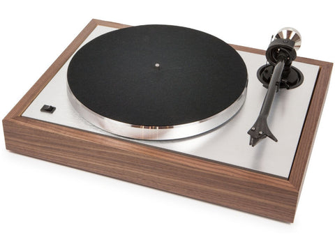 The Classic Turntable - Walnut with prefitted Ortofon MC Quintet Blue