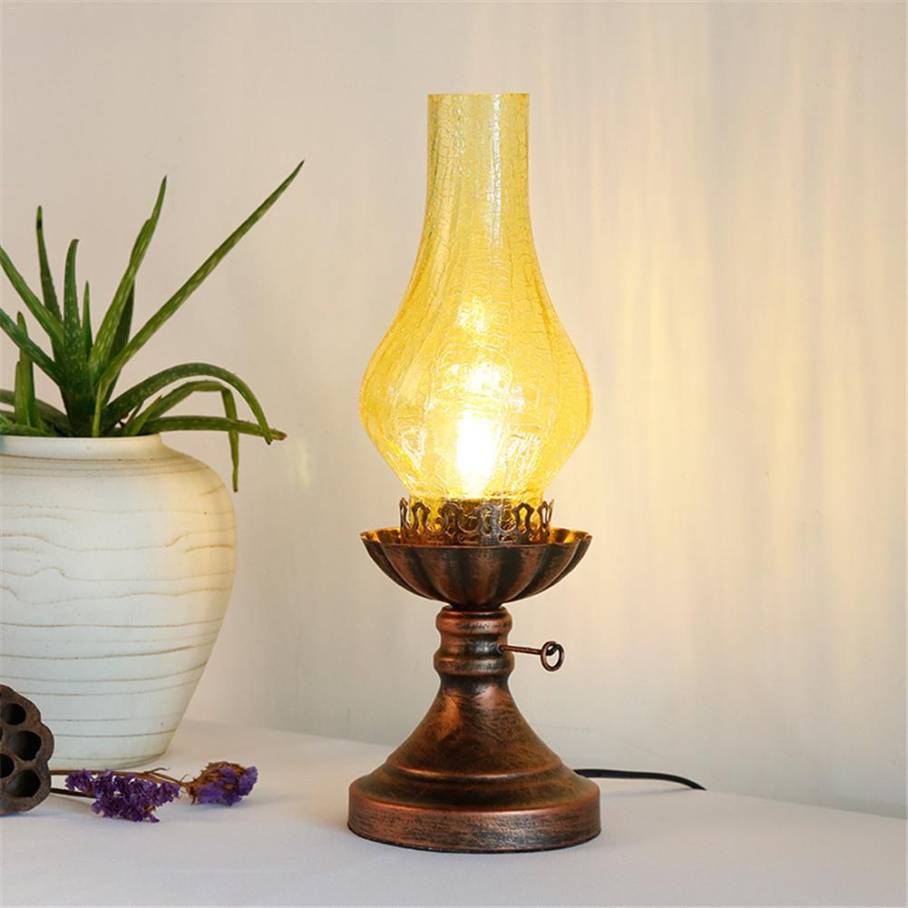 Retro LED Kerosene Lantern Table Lamp