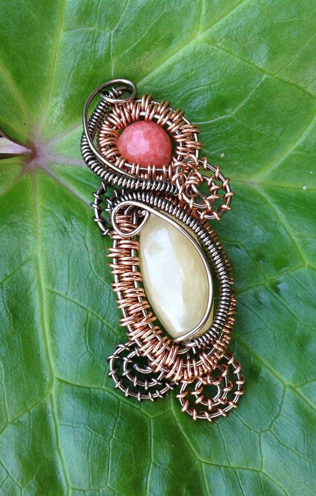 Honey Quartz Wire Weave Pendant