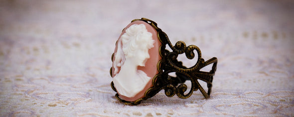 vintage cameo filagree ring