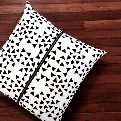 Cushion / Black Triangle Three