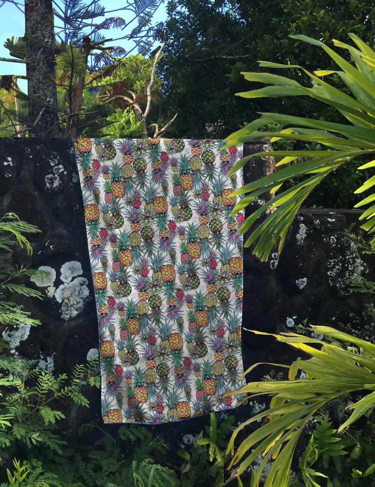 Aloha Pineapple - Surfer Towel