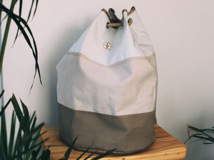 ULLMAN-SAILS-GEAR-DUFFLE-BAG-SAIL-BAG-BEIGE