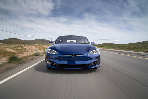 lightning strikes why the tesla model s is so incredibly fast evannex aftermarket tesla. Black Bedroom Furniture Sets. Home Design Ideas