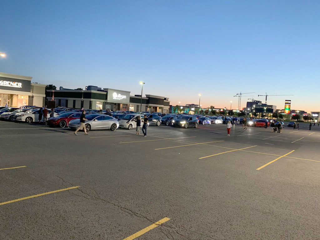 EVs gather at the Montreal Champlain Bridge