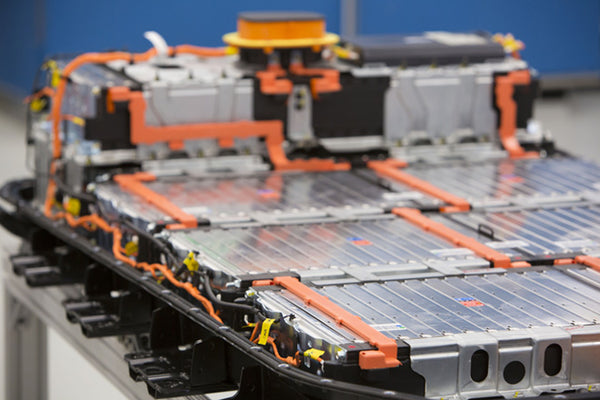 How Do The Chevy Bolt And Tesla Model 3 Battery Packs