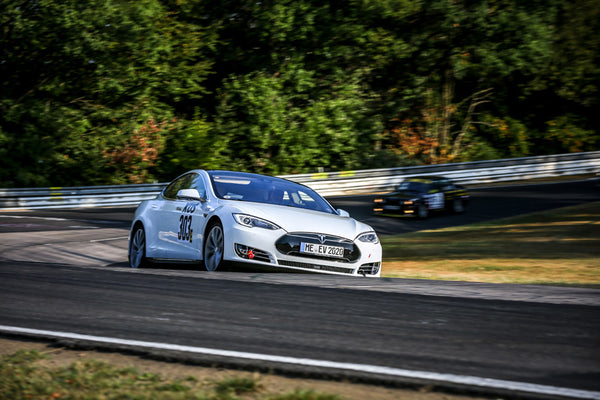 Tesla Model S runs a long-distance race on the 'Green Hell' of the