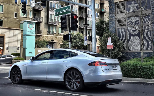 How To Buy A Pre Owned Tesla Model S Video Evannex Aftermarket