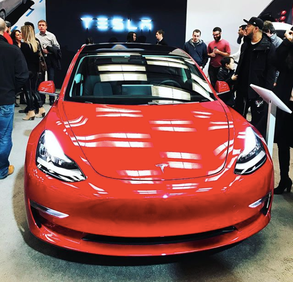 How accurate is Bloomberg's new Tesla Model 3 tracker ...