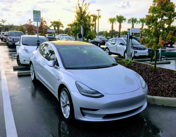 Road and Track: Here's what Tesla's Model 3 says about the ...