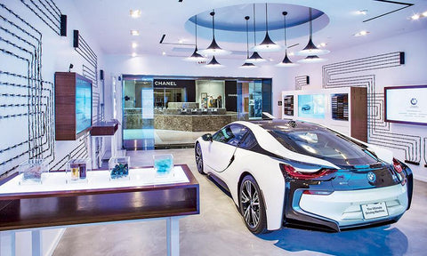 BMWs i8 in-mall shop stategy similar to the tesla model s