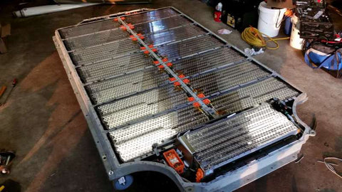 tesla model s owner using his solar-power system to power his tesla battery