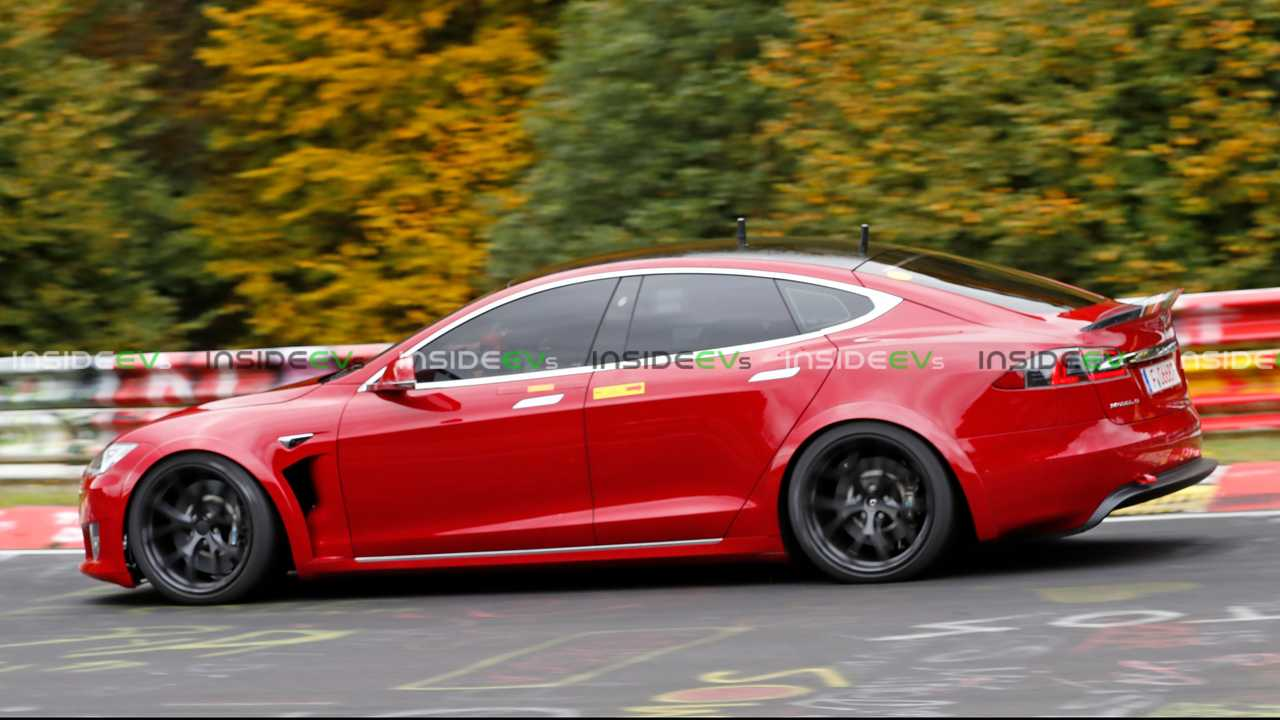 tesla-model-s-plaid-spied.jpg?v=1601979601