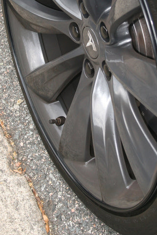 Tesl Model S wheel bands
