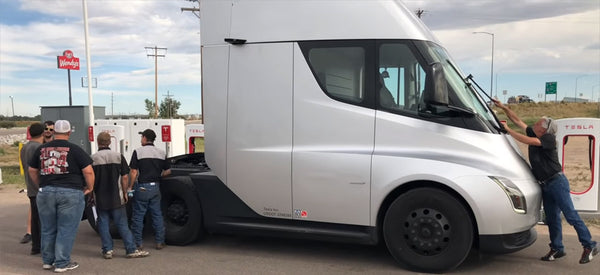 Tesla Semi Video Reveals 26 Cameras And A Sleeper In The